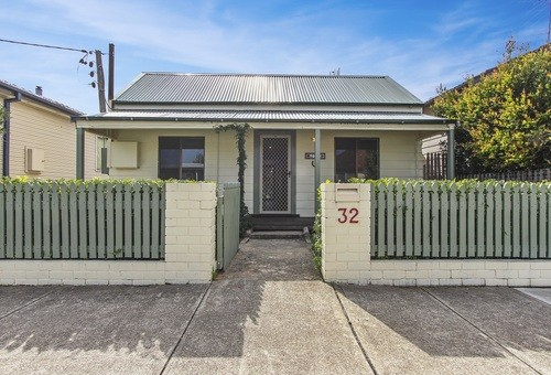 32 Sunnyside Street, Mayfield