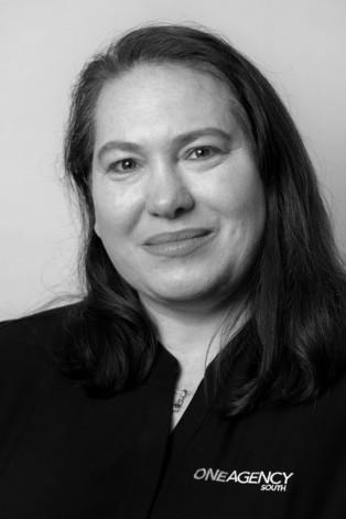 Claire Glatz