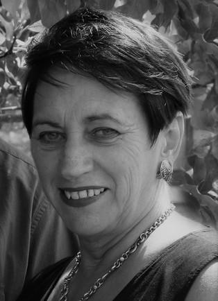 Elaine Hayward (AREINZ)