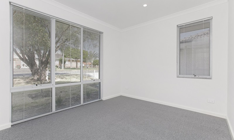 https://assets.boxdice.com.au/openingdoors/listings/752/J.1583208620.JPG?crop=800x480