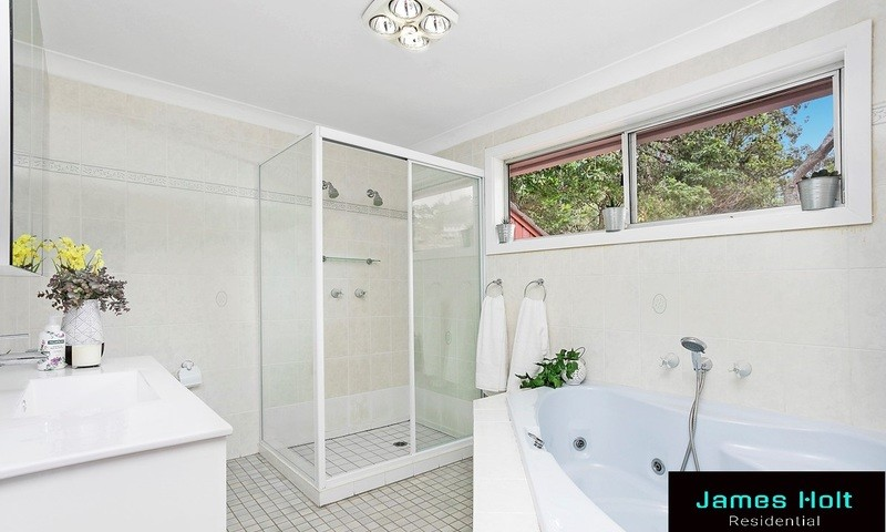 https://assets.boxdice.com.au/oz_combined_realty/listings/1054/b5aab00c.jpg?crop=800x480