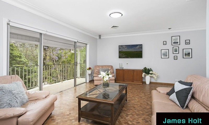https://assets.boxdice.com.au/oz_combined_realty/listings/1054/f929f416.jpg?crop=800x480