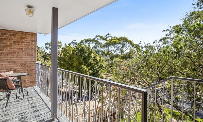 https://assets.boxdice.com.au/oz_combined_realty/listings/1055/J.1570159889.jpg?crop=800x480