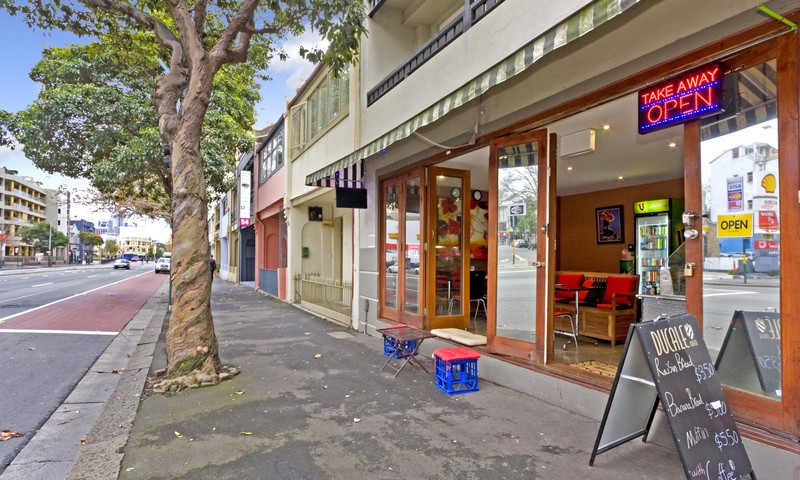 https://assets.boxdice.com.au/oz_combined_realty/listings/14/60ea53cd.jpg?crop=800x480