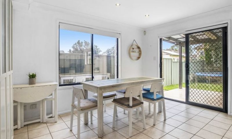 https://assets.boxdice.com.au/oz_combined_realty/listings/154/D.1570159991.jpg?crop=800x480
