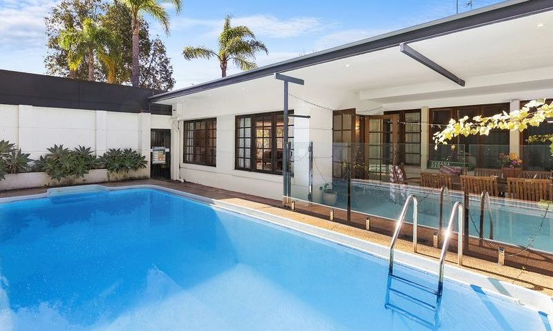 https://assets.boxdice.com.au/oz_combined_realty/listings/169/A.1570159997.jpg?crop=800x480