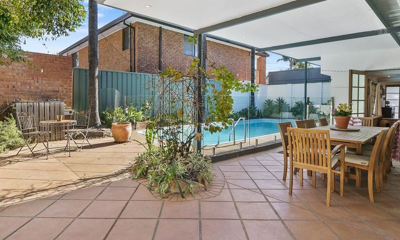 https://assets.boxdice.com.au/oz_combined_realty/listings/169/F.1570159999.jpg?crop=800x480