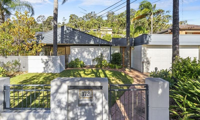 https://assets.boxdice.com.au/oz_combined_realty/listings/169/MAIN.1570159997.jpg?crop=800x480