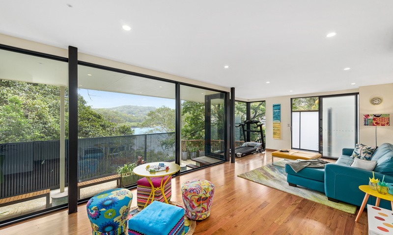 https://assets.boxdice.com.au/oz_combined_realty/listings/48/5b2fa5eb.jpg?crop=800x480
