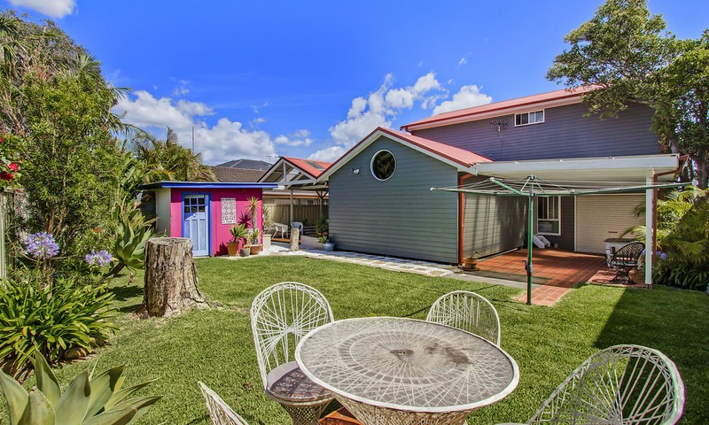 https://assets.boxdice.com.au/oz_combined_realty/listings/72/2a3d56d0.jpg?crop=800x480