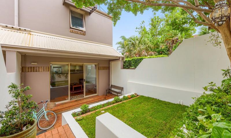 https://assets.boxdice.com.au/oz_combined_realty/rental_listings/16/5a8af7e4.jpg?crop=800x480