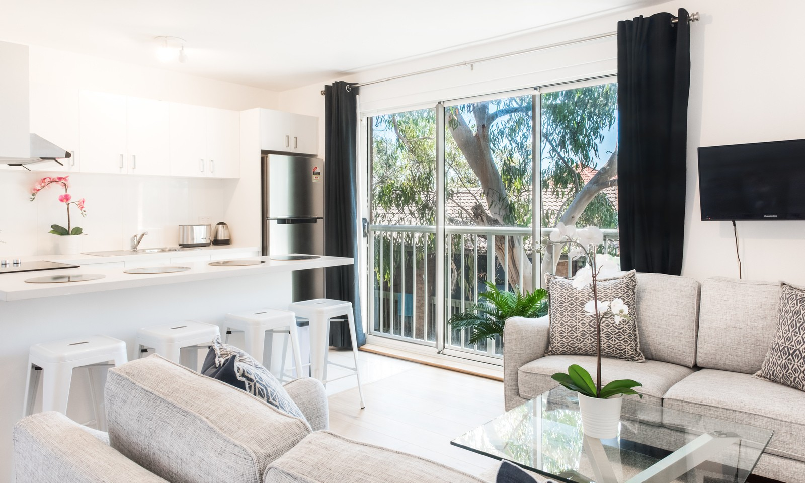 https://assets.boxdice.com.au/oz_combined_realty/rental_listings/83/20f44d65.jpg?crop=1600x960
