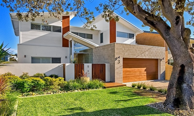https://assets.boxdice.com.au/residential_hq_central_coast/listings/10/05d80adc.jpg?crop=800x480