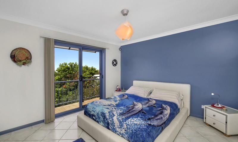 https://assets.boxdice.com.au/residential_hq_central_coast/listings/104/83c28e5a.jpg?crop=800x480