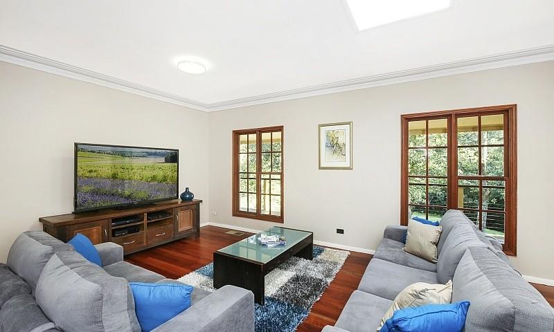 https://assets.boxdice.com.au/residential_hq_central_coast/listings/110/901a110f.jpg?crop=800x480