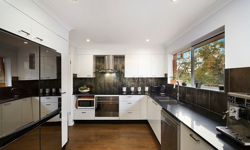 https://assets.boxdice.com.au/residential_hq_central_coast/listings/130/a7afc445.jpg?crop=800x480