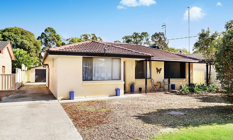 https://assets.boxdice.com.au/residential_hq_central_coast/listings/135/1a0ba081.jpg?crop=800x480