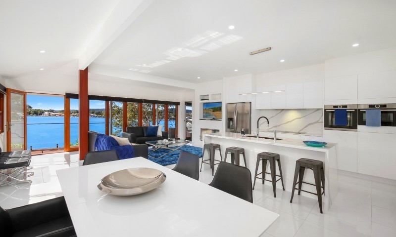 https://assets.boxdice.com.au/residential_hq_central_coast/listings/151/e2246dcc.jpg?crop=800x480