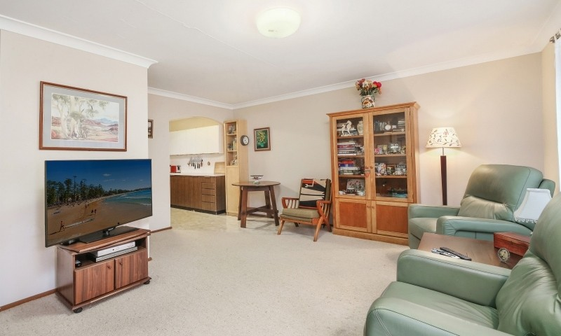 https://assets.boxdice.com.au/residential_hq_central_coast/listings/166/8254294b.jpg?crop=800x480