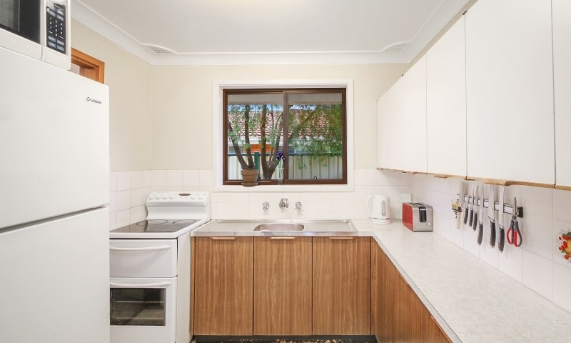 https://assets.boxdice.com.au/residential_hq_central_coast/listings/166/f946bfe8.jpg?crop=800x480