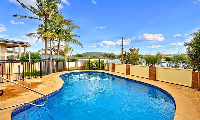 https://assets.boxdice.com.au/residential_hq_central_coast/listings/3/6d9268bf.jpg?crop=800x480