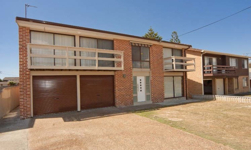https://assets.boxdice.com.au/residential_hq_central_coast/listings/30/b6b09a78.jpg?crop=800x480