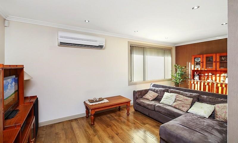 https://assets.boxdice.com.au/residential_hq_central_coast/listings/68/40ce79d2.jpg?crop=800x480