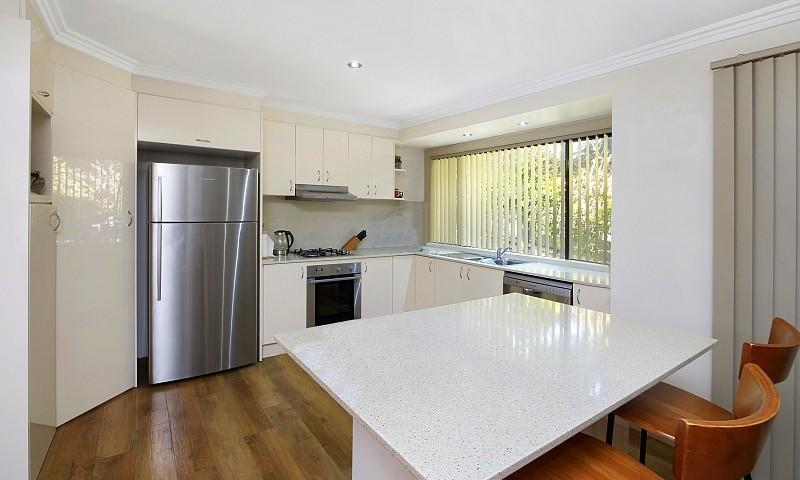 https://assets.boxdice.com.au/residential_hq_central_coast/listings/68/d91a00ed.jpg?crop=800x480