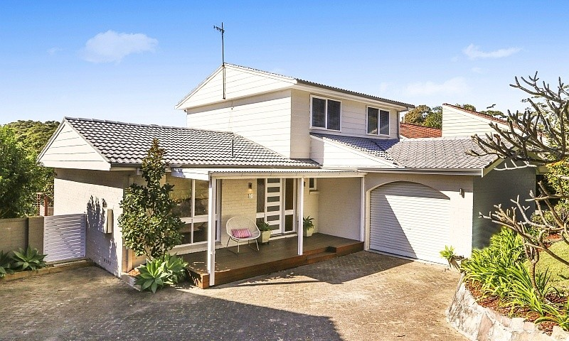 https://assets.boxdice.com.au/residential_hq_central_coast/listings/84/57ca60eb.jpg?crop=800x480