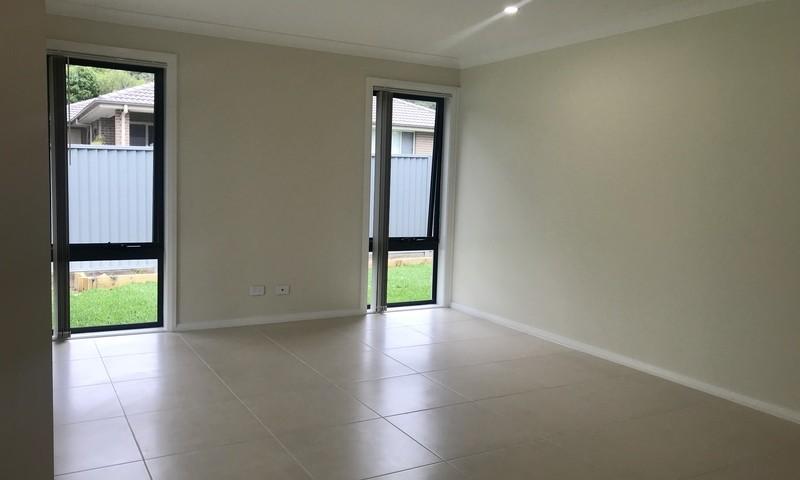 https://assets.boxdice.com.au/residential_hq_central_coast/rental_listings/12/4076f0b2.jpg?crop=800x480