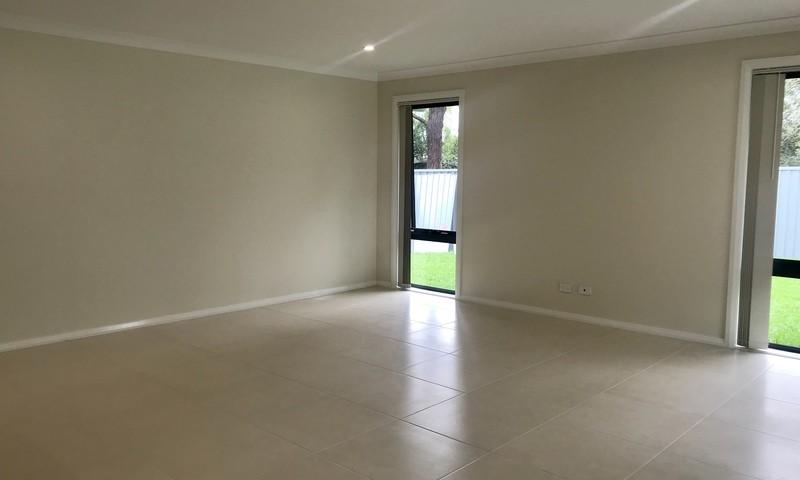 https://assets.boxdice.com.au/residential_hq_central_coast/rental_listings/12/fc3e91ae.jpg?crop=800x480
