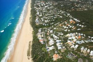 https://assets.boxdice.com.au/richardson-wrench-noosa/attachments/3ad/b40/sunshine_beach_beachfront_300x199_1_.jpg?bd249f573a4c9f471e03d720a69138e5