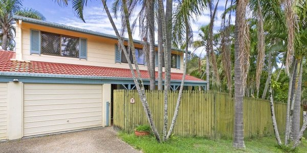 2 Capri Court, NOOSA HEADS