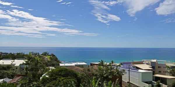 4 Barra Crescent, COOLUM BEACH