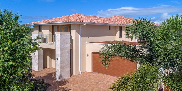 9 Springs Crescent, NOOSA HEADS