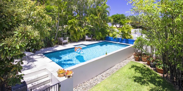 30 Seafarer Court, CASTAWAYS BEACH
