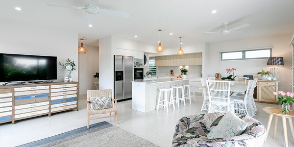 12 Hollyhock Crescent, NOOSA HEADS