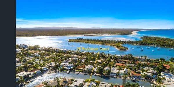 26 Mossman Court, NOOSA HEADS