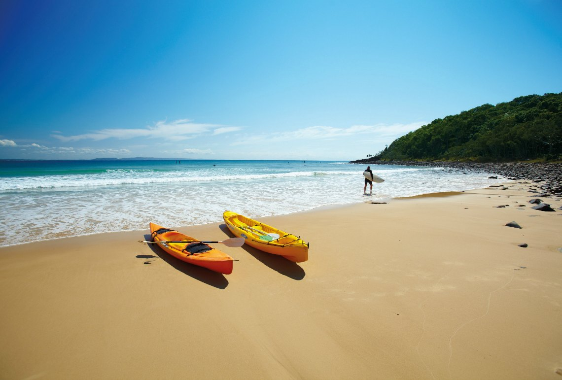 https://assets.boxdice.com.au/screpartners/attachments/320/427/106481_canoes_on_beach_noosa.jpg?a435cecec7b87ba62c786c39faed8d78