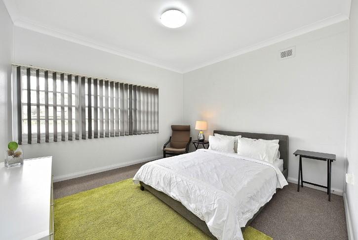 https://assets.boxdice.com.au/snowden_parkes/rental_listings/344/67f36ba9.jpg?crop=725x485