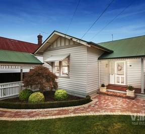 https://assets.boxdice.com.au/village_real_estate/listings/1551/f265a7d7.jpg?crop=288x266