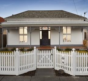 https://assets.boxdice.com.au/village_real_estate/listings/1829/72c43e65.jpg?crop=288x266