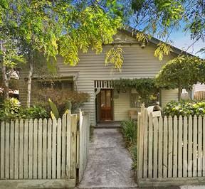 https://assets.boxdice.com.au/village_real_estate/listings/2556/ac27c916.jpg?crop=288x266