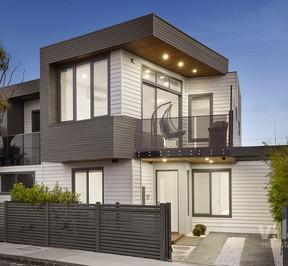 https://assets.boxdice.com.au/village_real_estate/listings/2676/87d8f91d.jpg?crop=288x266