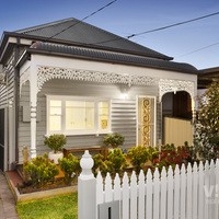 https://assets.boxdice.com.au/village_real_estate/listings/2699/0455cea8.jpg?crop=200x200
