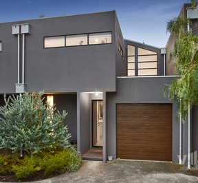 https://assets.boxdice.com.au/village_real_estate/listings/2771/4c6f14f8.jpg?crop=288x266
