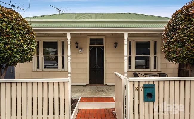 https://assets.boxdice.com.au/village_real_estate/listings/2830/084654ef.jpg?crop=650x400