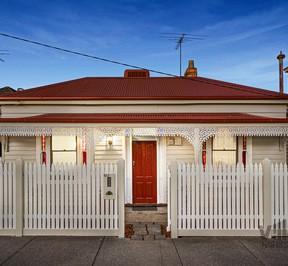 https://assets.boxdice.com.au/village_real_estate/listings/3015/af3d1887.jpg?crop=288x266