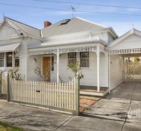 https://assets.boxdice.com.au/village_real_estate/rental_listings/1064/8fab0a14.jpg?crop=288x266