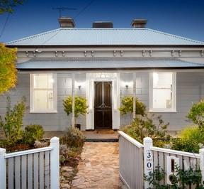 https://assets.boxdice.com.au/village_real_estate/rental_listings/1136/900fcab8.jpg?crop=288x266
